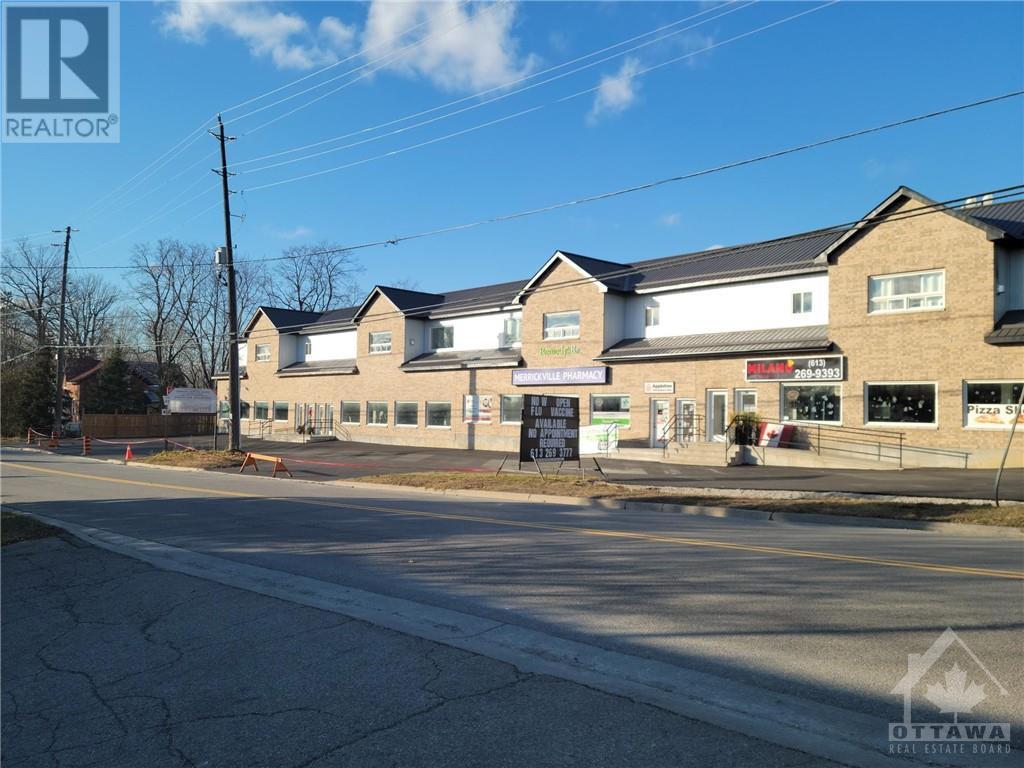 residential property for For rent at Merrickville, Ontario