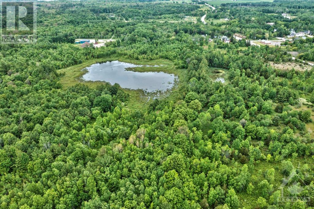 residential property for For sale at Elgin, Ontario