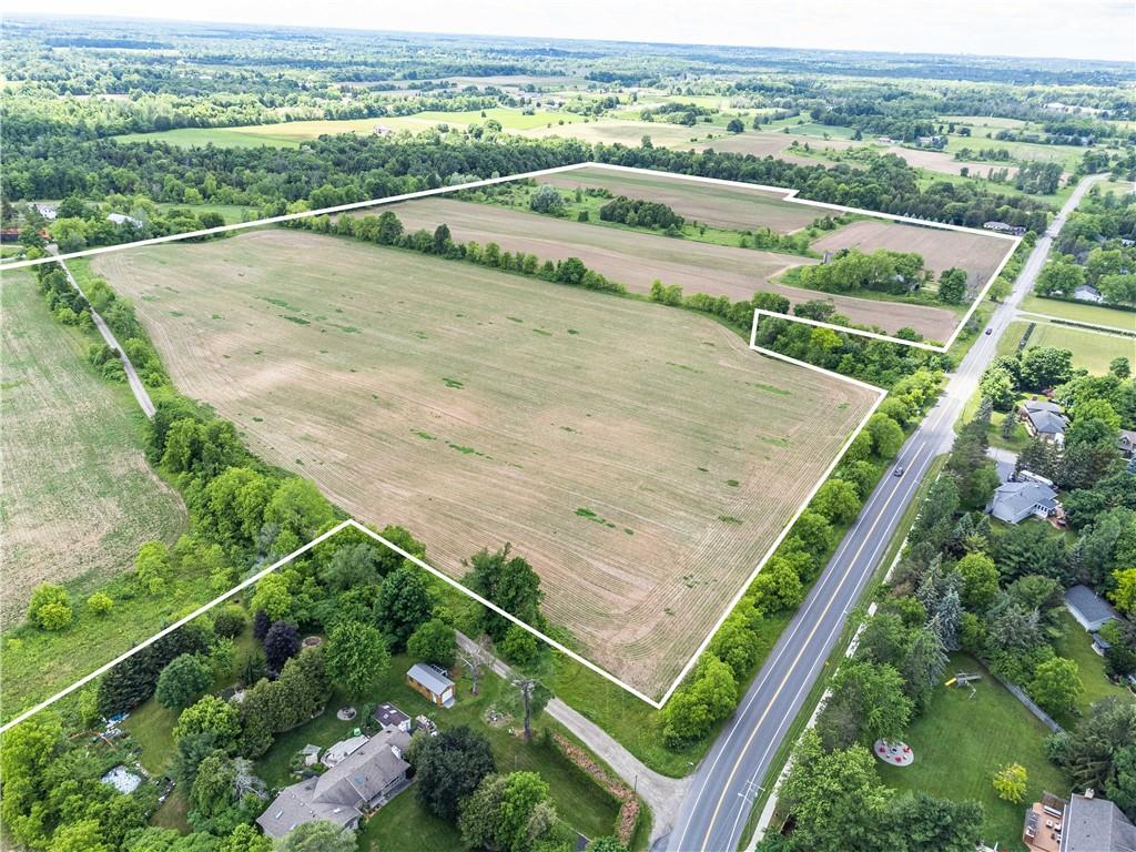 residential property for For sale at Flamborough, Ontario
