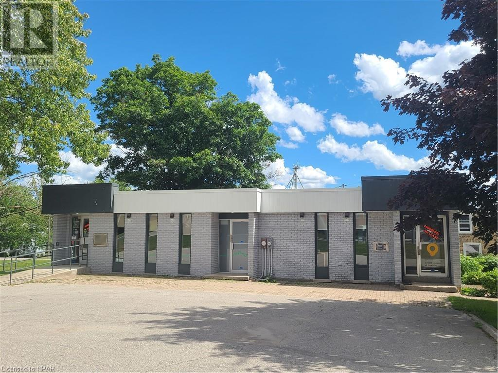 residential property for For lease at Shakespeare, Ontario