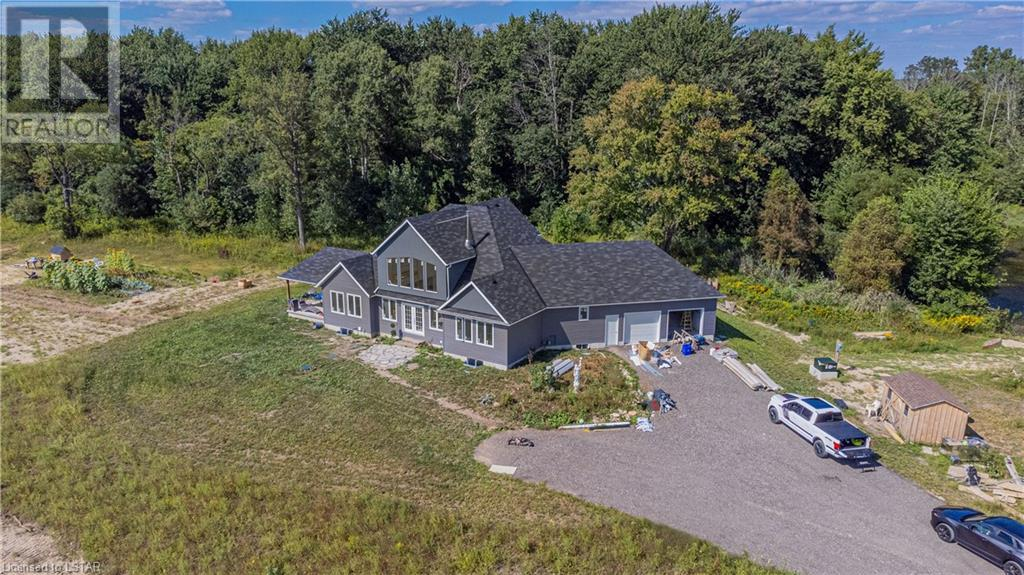 residential property for For sale at Springfield, Ontario