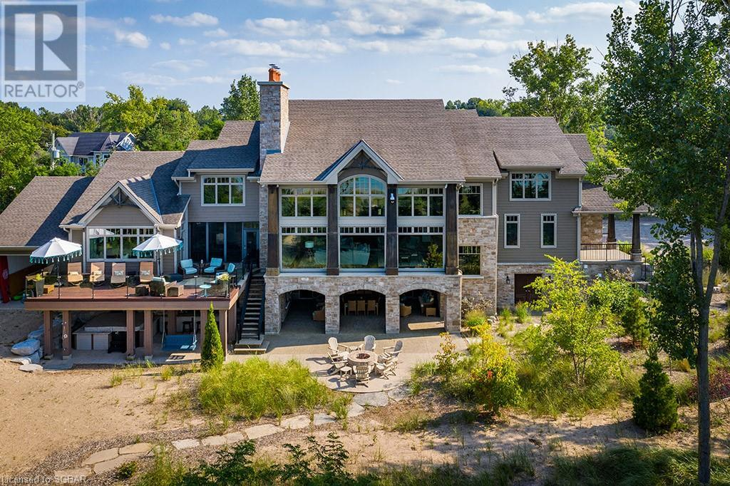 residential property for For sale at Lambton Shores (Munic), Ontario