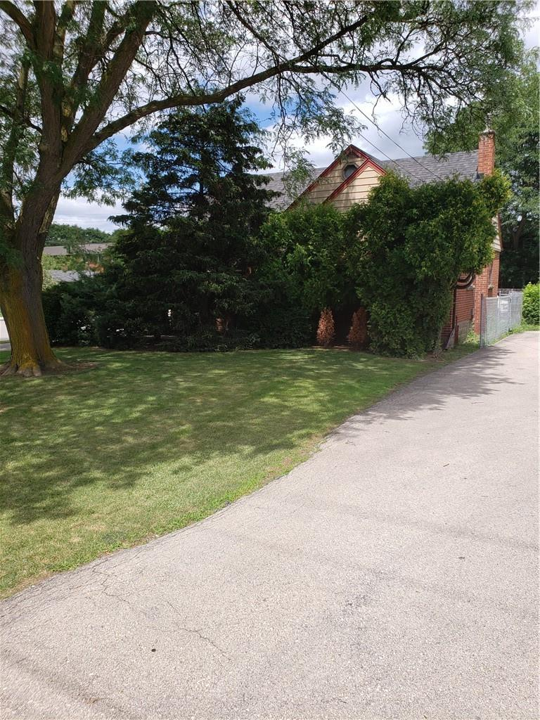 residential property for For sale at Hamilton, Ontario